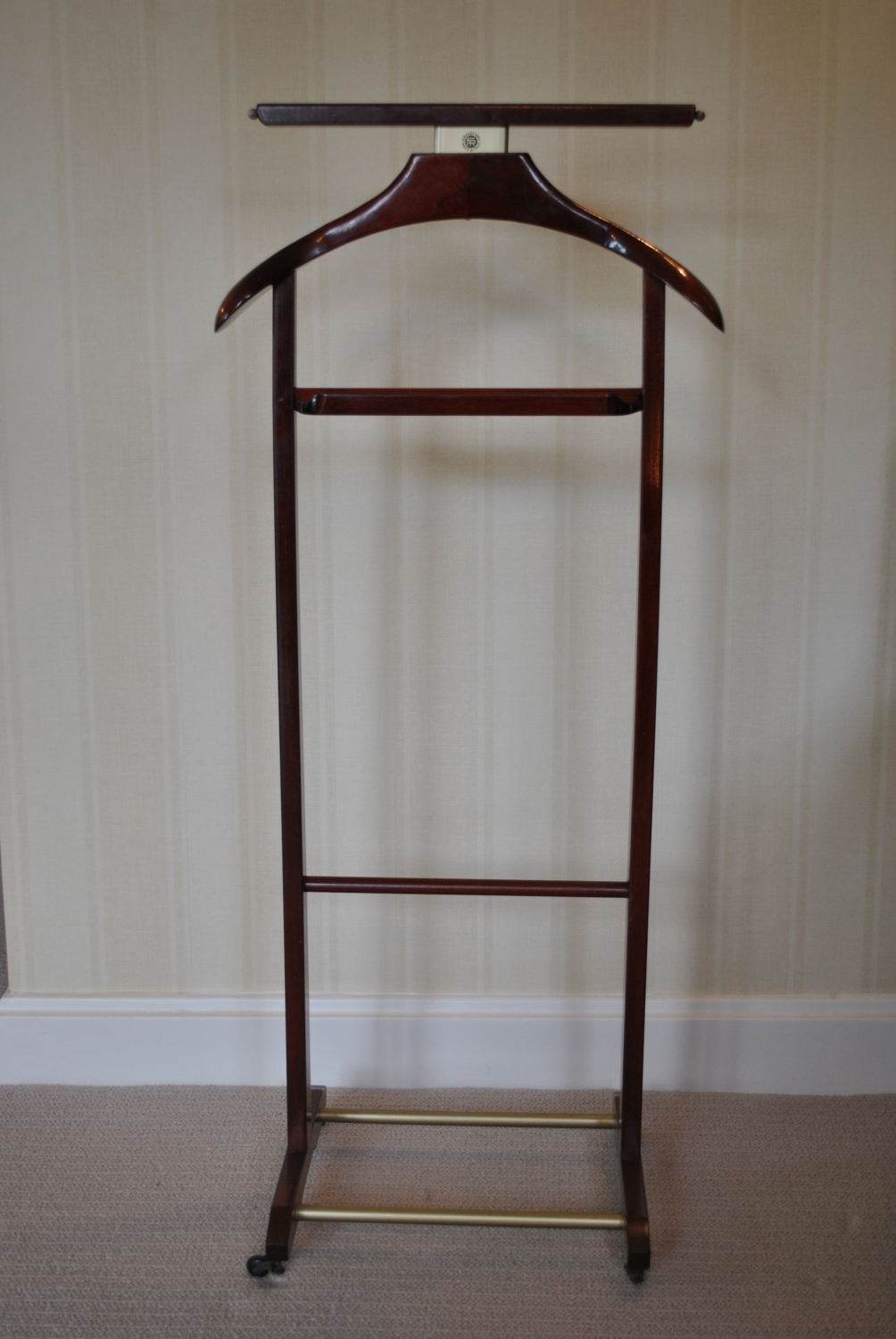 Clothes / Valet Stand