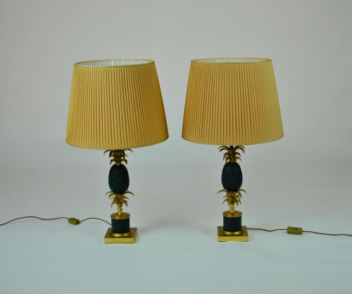 Bronze pineapple lamps