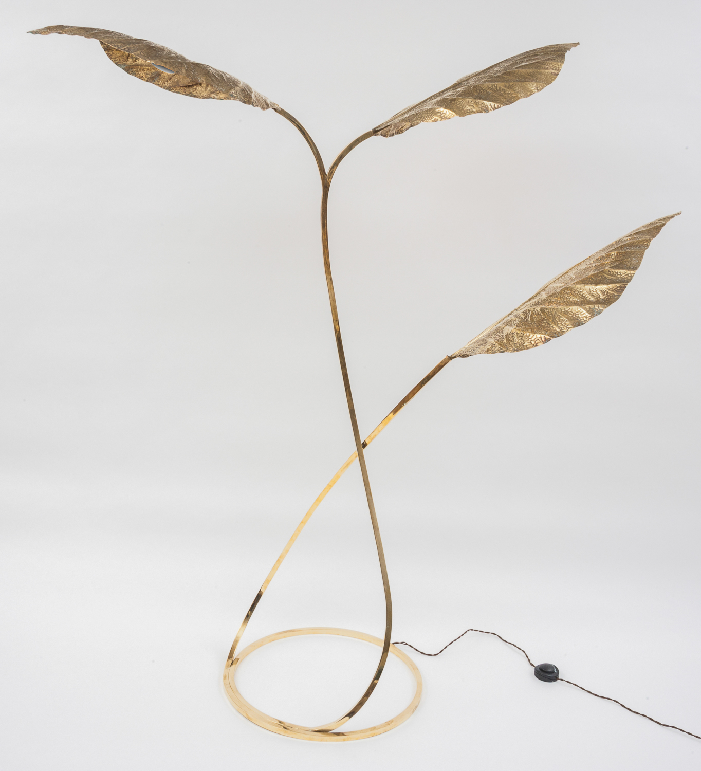 Italian brass floor lamp by Tommaso Barbi
