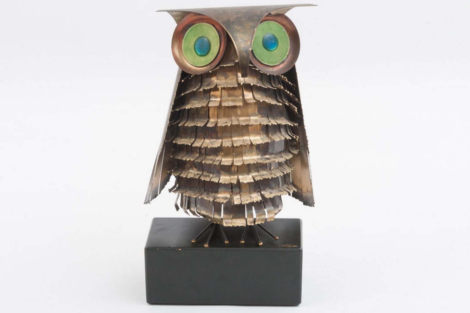 Owl sculpture by Curtis Jere