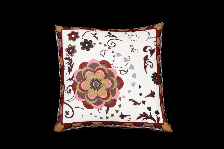 Pucci cushion