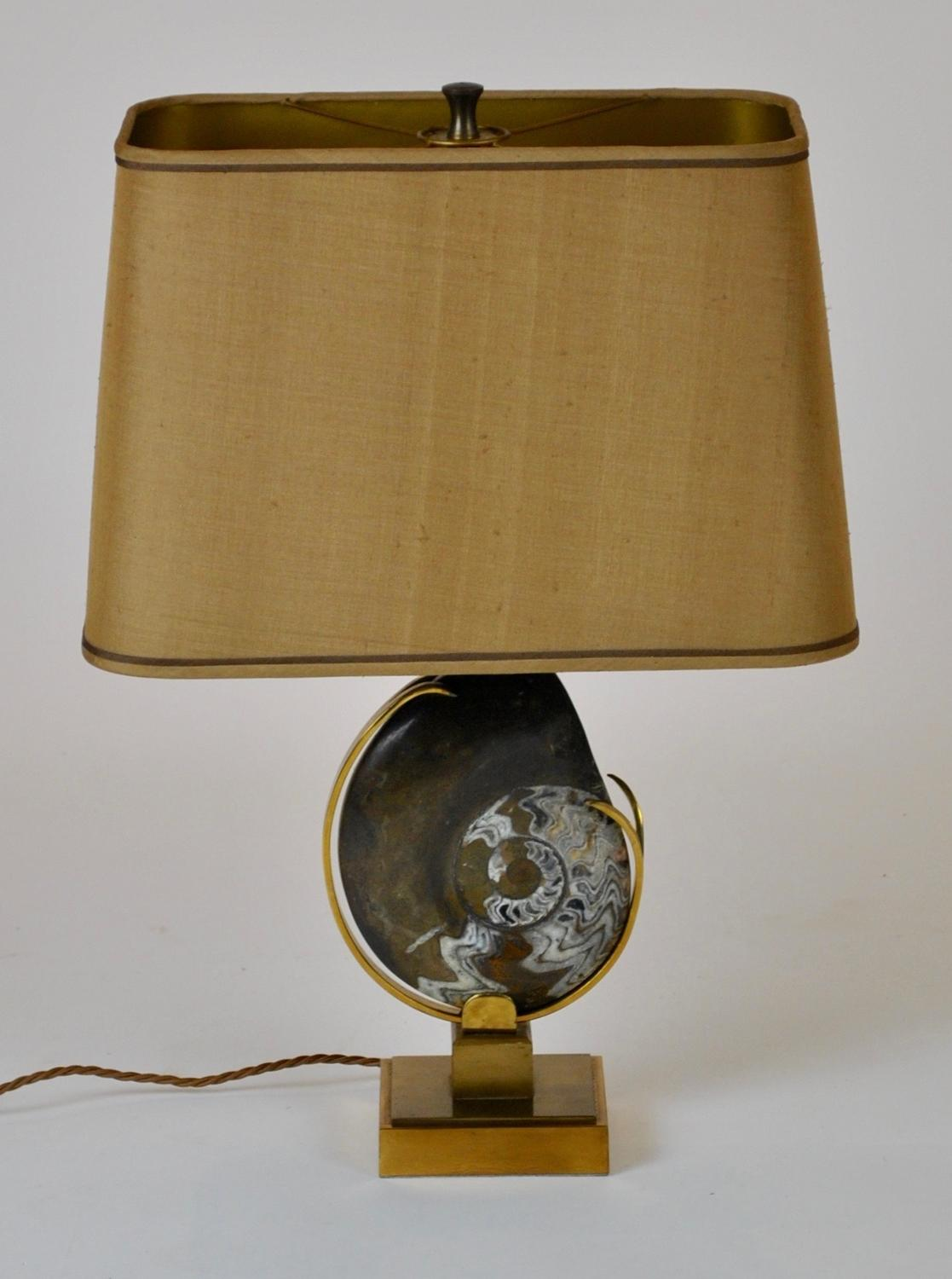 Daro Table Lamp