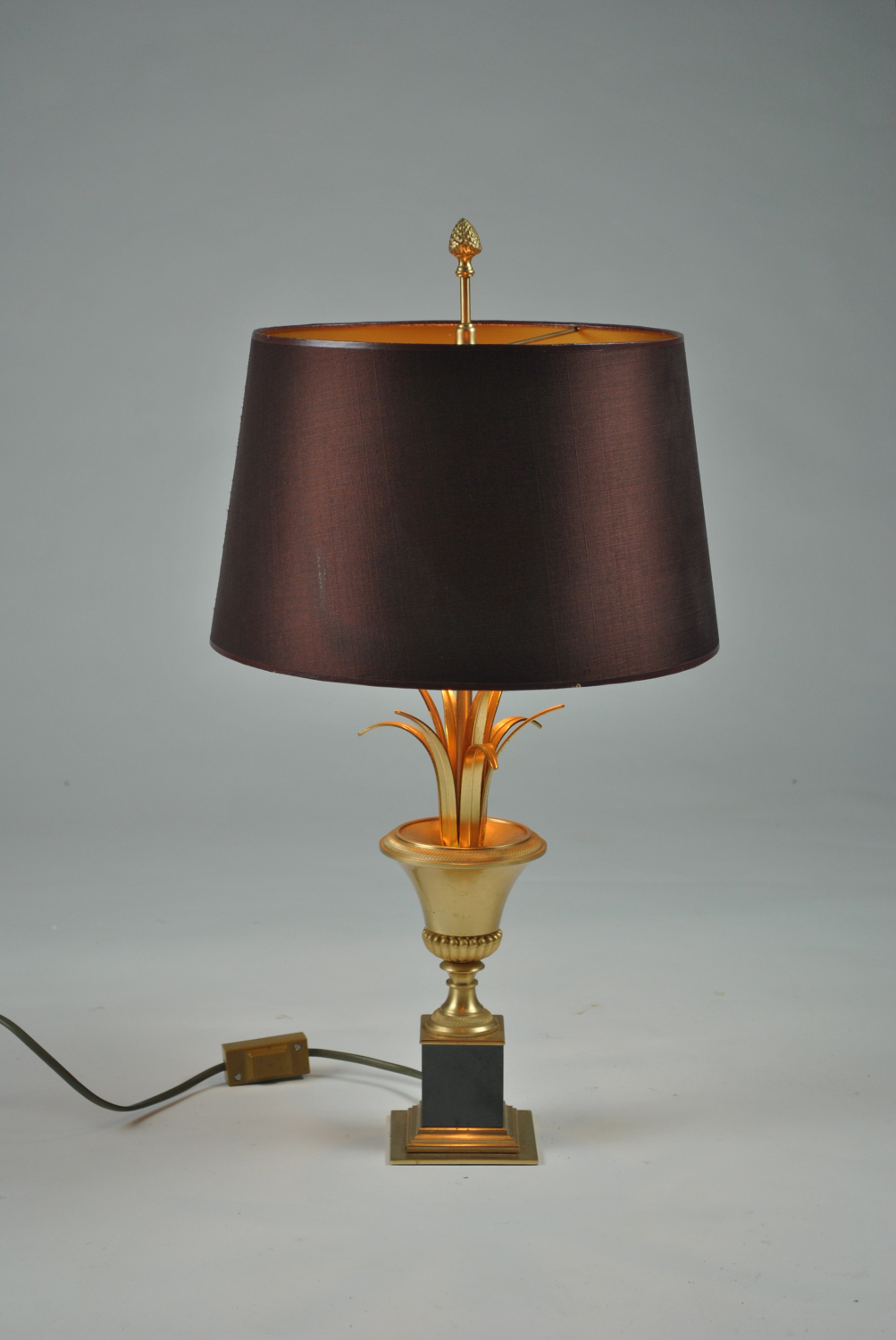 French Urn and Frond Lamp