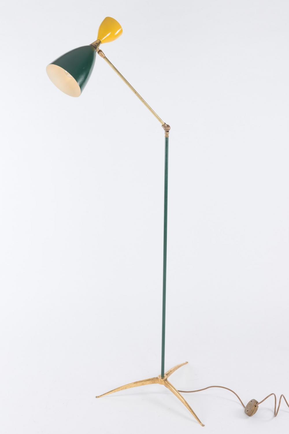 Lacquered floor lamp