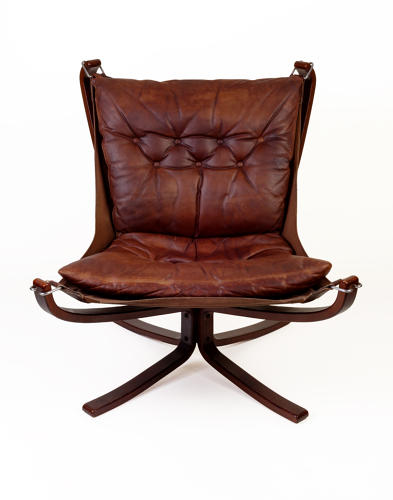 Leather lounge chair