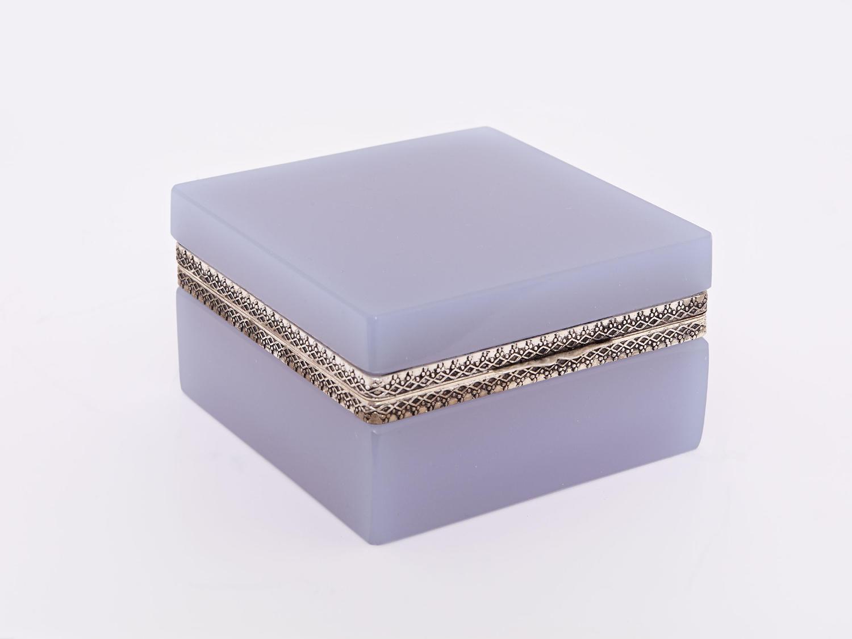 Opaline Square Boxes